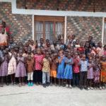 jestescieswiatlem-Budowa-domu-dla-bezdomnych-dzieci-w-Ugandzie-9